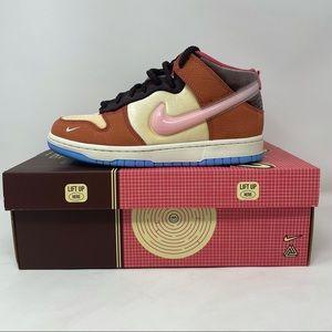 New Nike Dunk Mid Social Status Freelunch